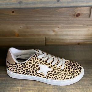 Shoes - New Leopard a Sneaker Sz 7-11